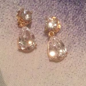 Nadri Mini Gold Platting Teardrop Shaped Earrings